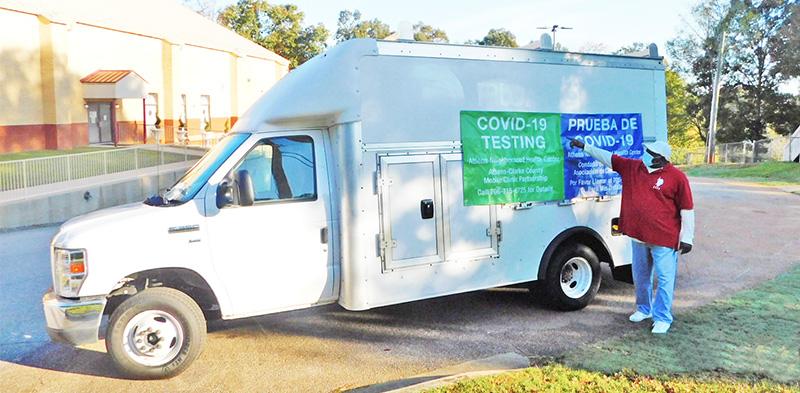 Mobile covid screening clinic van